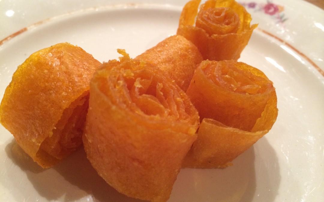 Hallon och mangoremmar- endast frukt men smakar på riktigt som godis